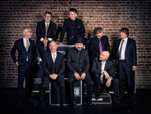 King Crimson press shot© DeanstockingsDavidSingleton.png